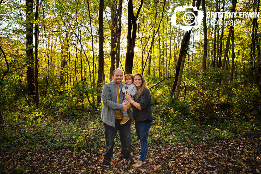 Indianapolis-family-portrait-photographer-mom-dad-toddler-boy-group-in-fall.jpg
