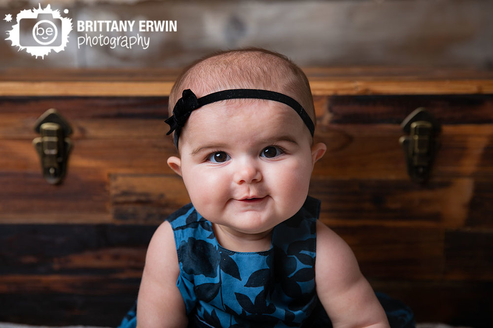 Indianapolis-studio-portrait-photographer-baby-girl-6mo-milestone-blue-dress.jpg