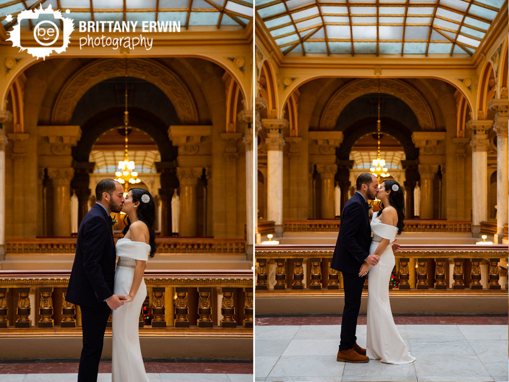 Indianapolis-downtown-elopement-photographer-first-kiss-ceremony.jpg