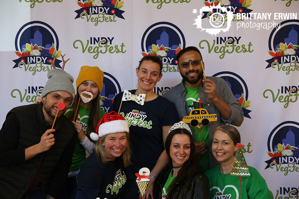 Indianapolis-event-photographer-photo-booth-indy-vegfest-team-portrait.jpg