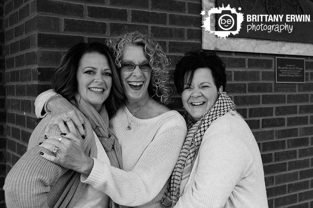 Franklin-Indiana-group-sisters-siblings-portrait.jpg
