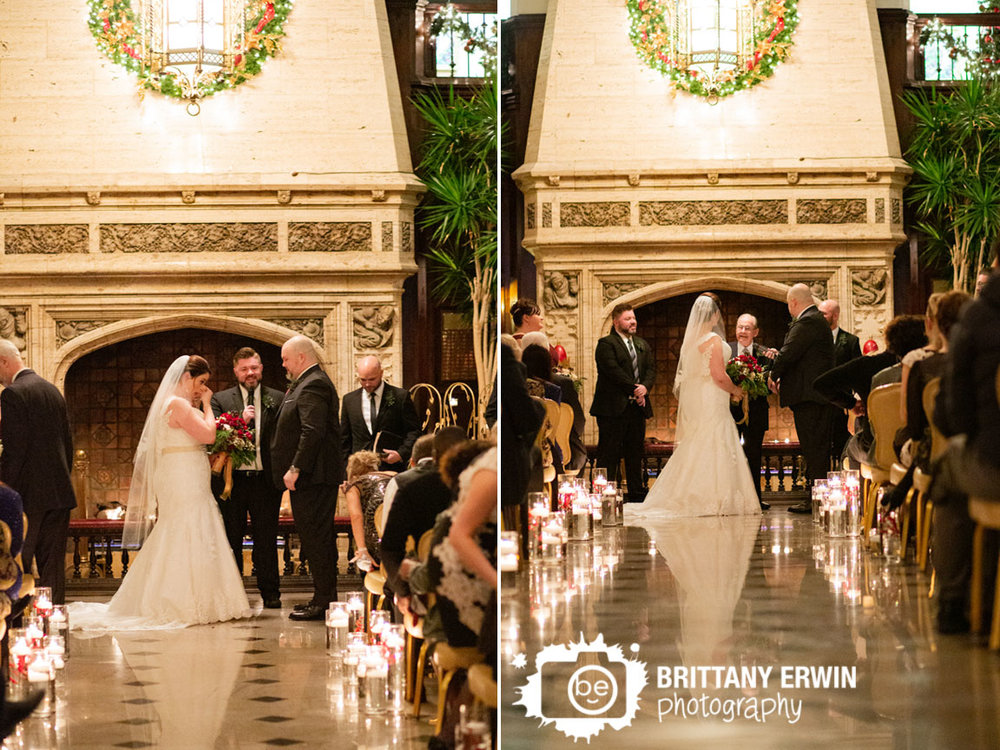 Indianapolis-wedding-ceremony-photographer-downtown-venue.jpg
