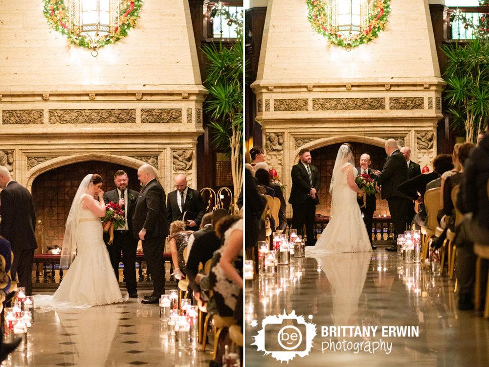 Indianapolis-wedding-ceremony-photographer-downtown-venue.jpg