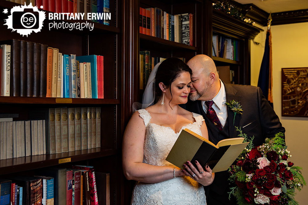 Indianapolis-library-columbia-club-wedding-photographer-bridal-portrait-couple.jpg