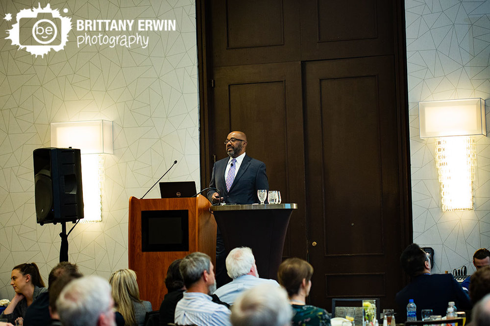Indianapolis-event-photographer-Indiana-Biomedical-Society-keynote-speaker.jpg