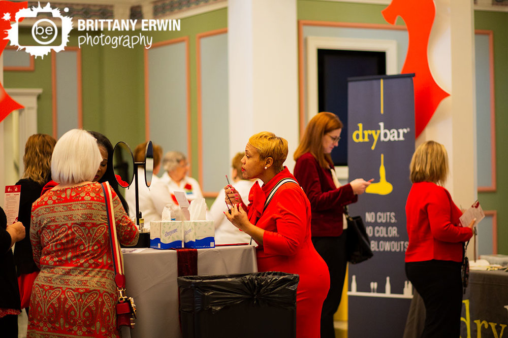 Indianapolis-AHA-go-red-for-women-luncheon-lipstick-touchup-station-estee-lauder.jpg