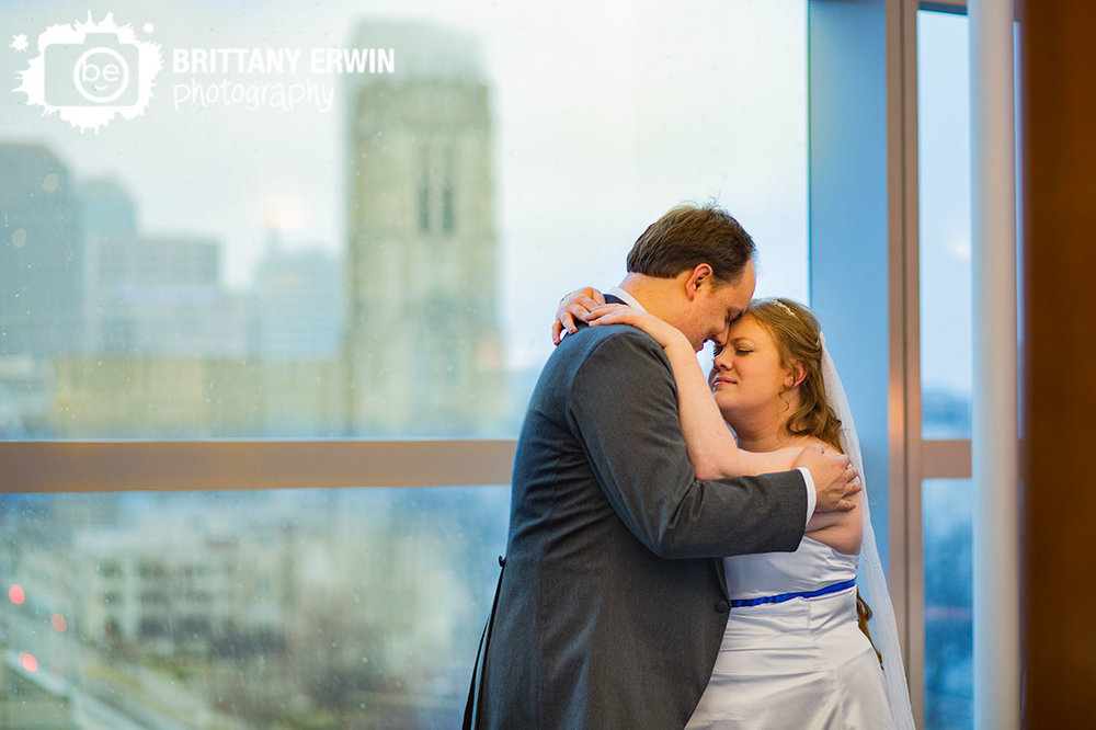 Indianapolis-skyline-from-top-floor-at-the-central-library-downtown-indy-couple.jpg