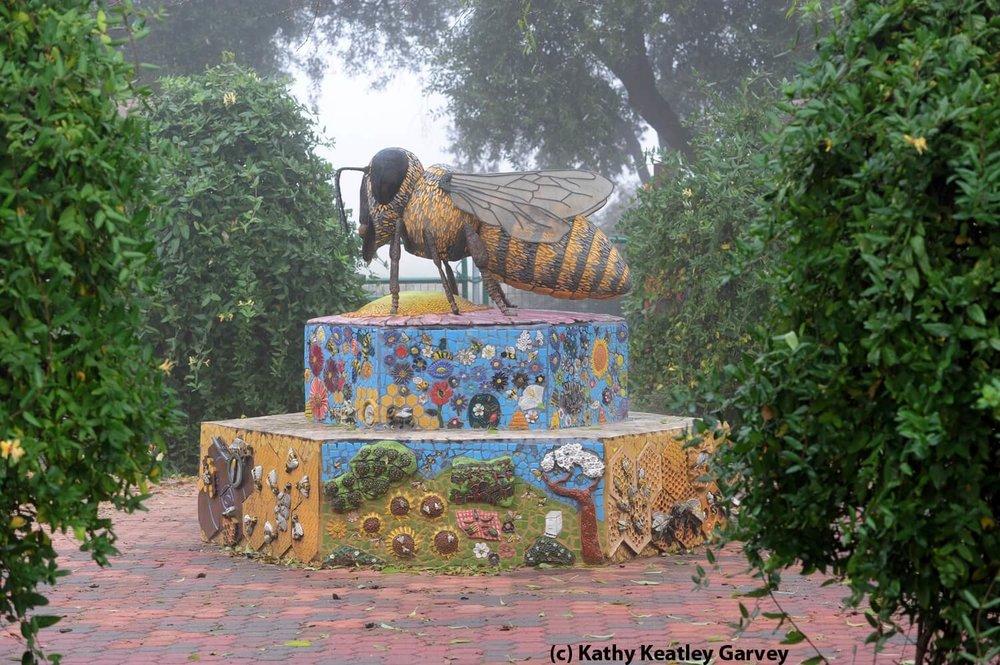 1-ucanr.edu-Honey Bee Haven-Bee Sculpture-The Sibbett Group-Kathy Keatly Garvey.jpg