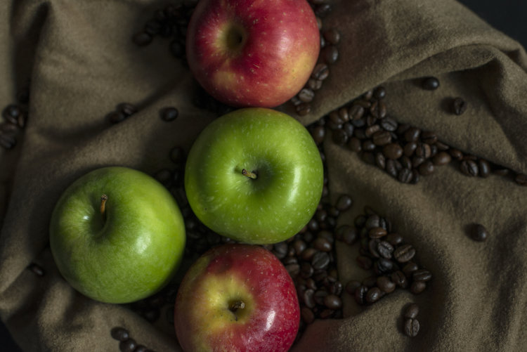 Coffee and apples are rich sources of caffeic acid that Latarum® converts to 4-vinyl catechol, a potent Nrf2 activator that supports the Nrf2 oxidative stress sensor.