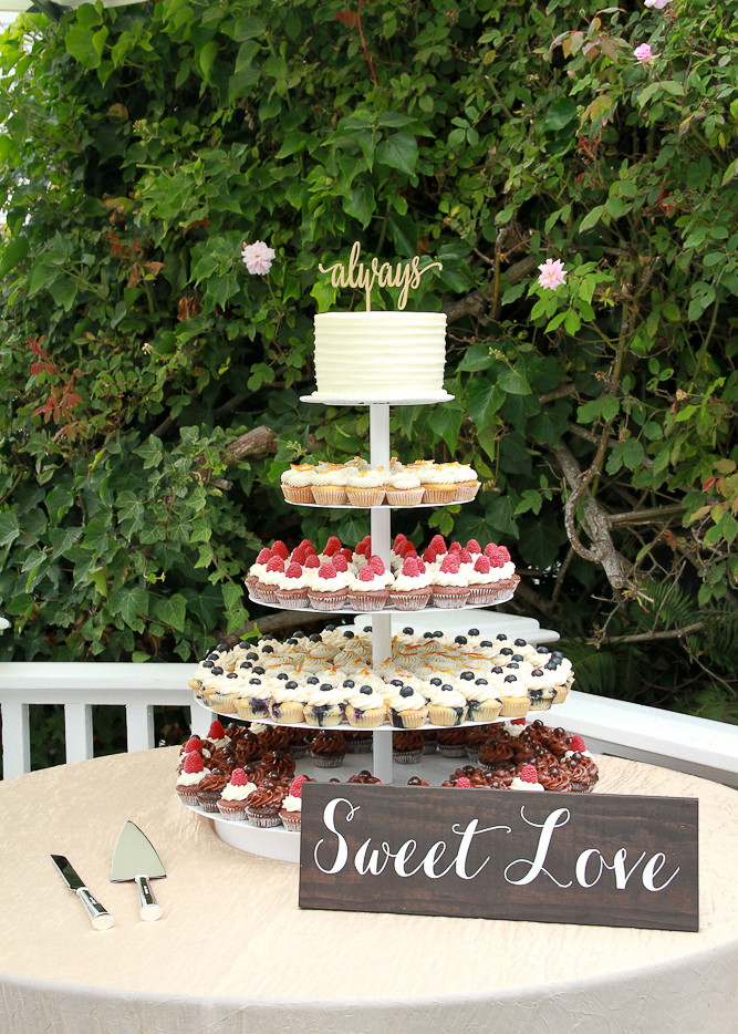 Cupcake Displays - Our cupcakes love to be on display.. Use a cupcake display for a modern twist on a traditional wedding cake. We can display our cupcakes on tiers, wood rounds, silver platters, glass cake stands, and more.