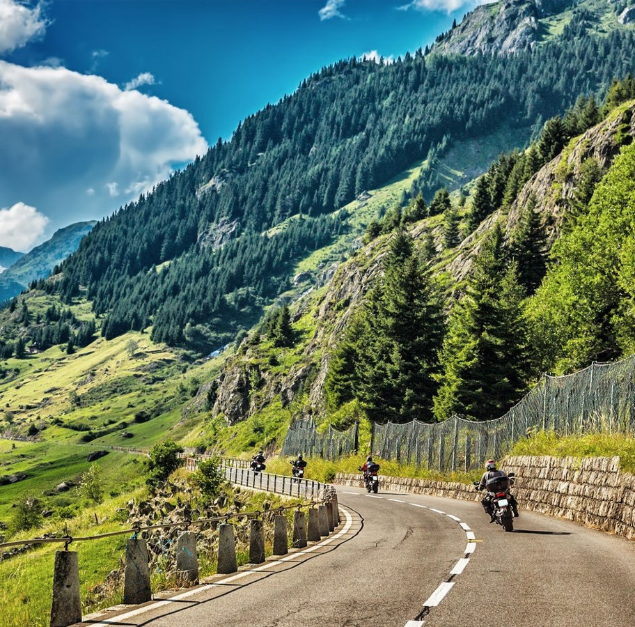 Mountain Highway.jpg