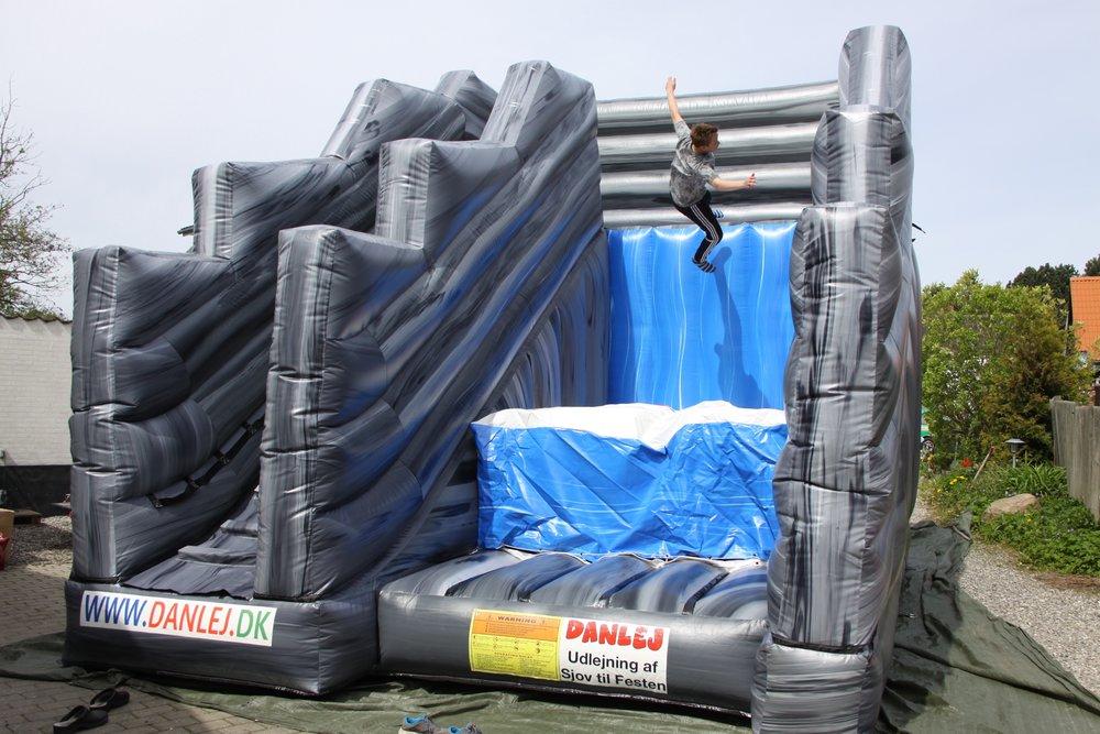 stunt-jump_3.jpg