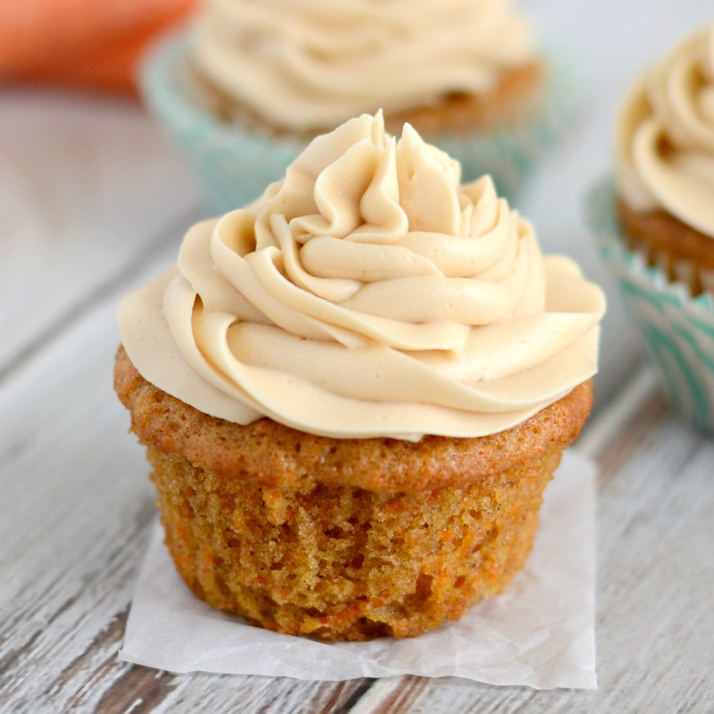 Carrot-Cake-Cupcakes-with-Brown-Sugar-Cream-Cheese-Frosting-035-1.jpg