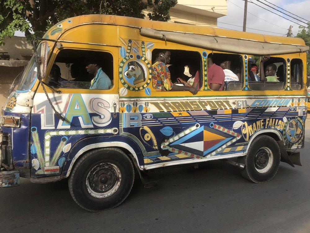 Street 08 Car Rapide Peoples Transport.jpg