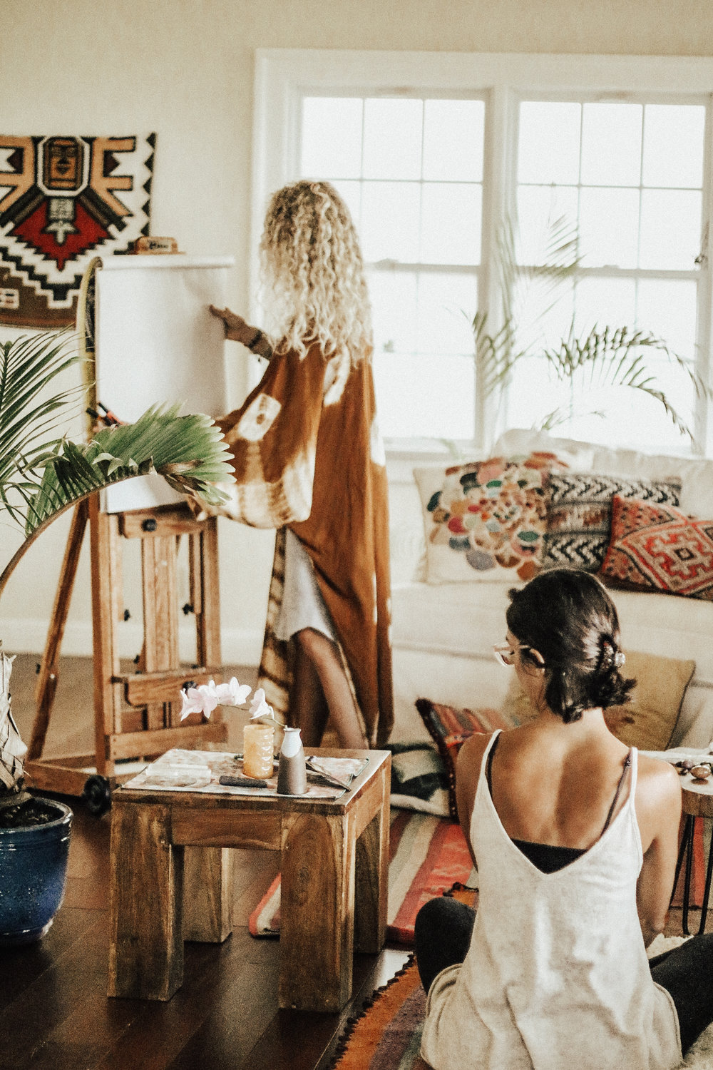 WOMEn HEALINg WOMEN - IT'S A PLACE TO FIND YOUR TRUTH
