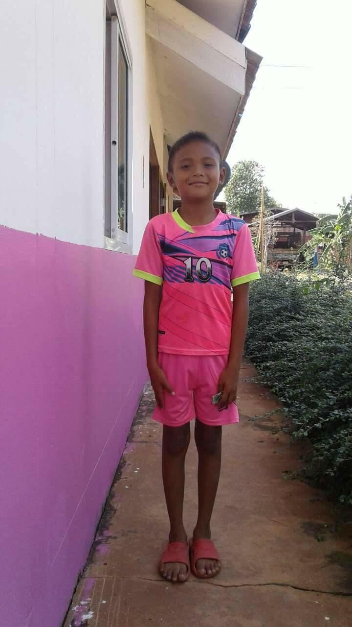 Anucha (9 years old, Girl)