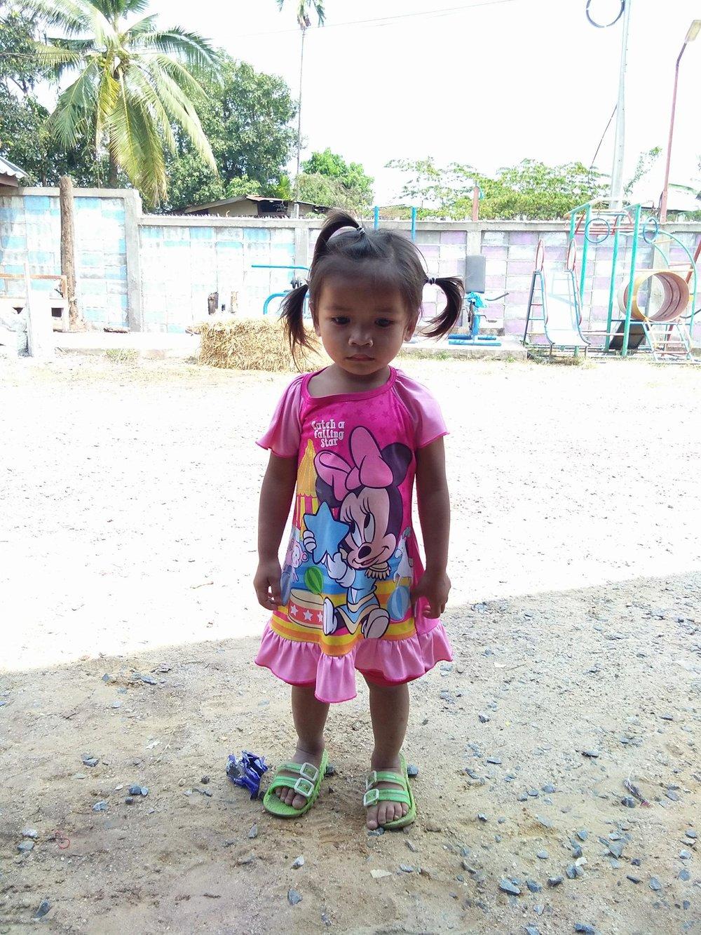 Kam (3 years old, girl)