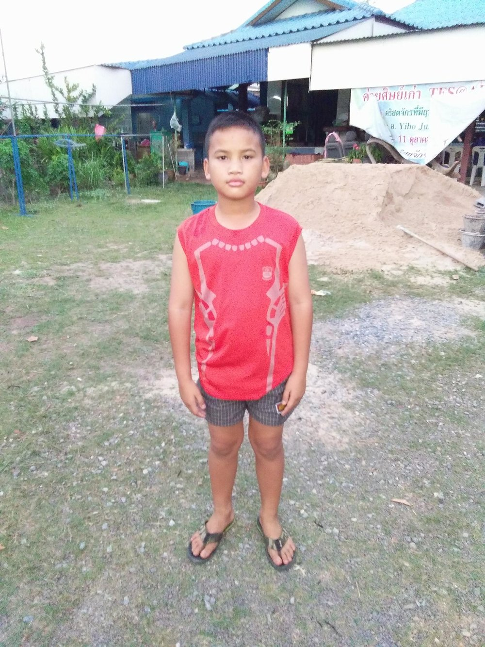 Phai (9 years old, boy)