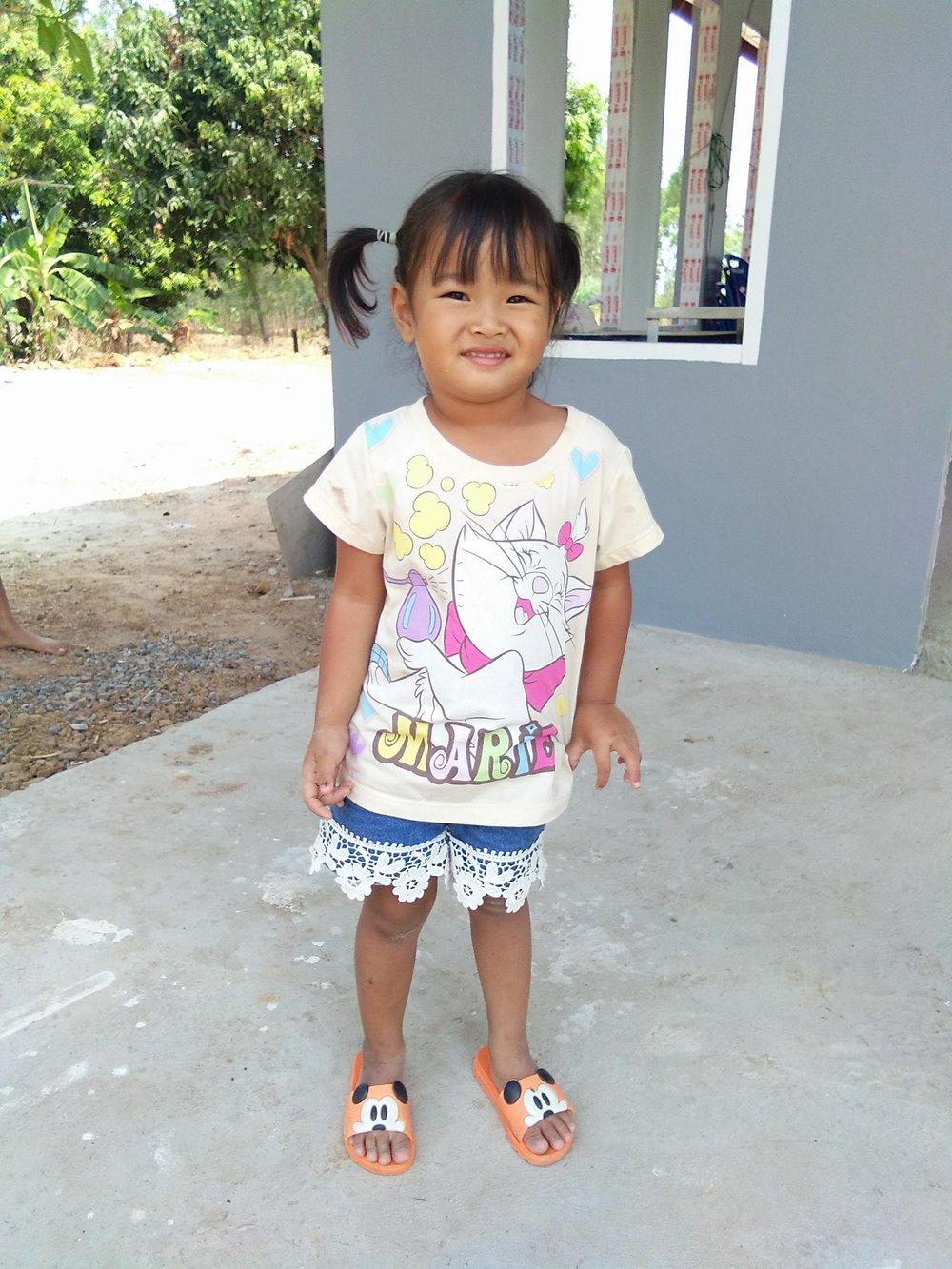 Suphasorn Tamkasem (4 years old, girl)