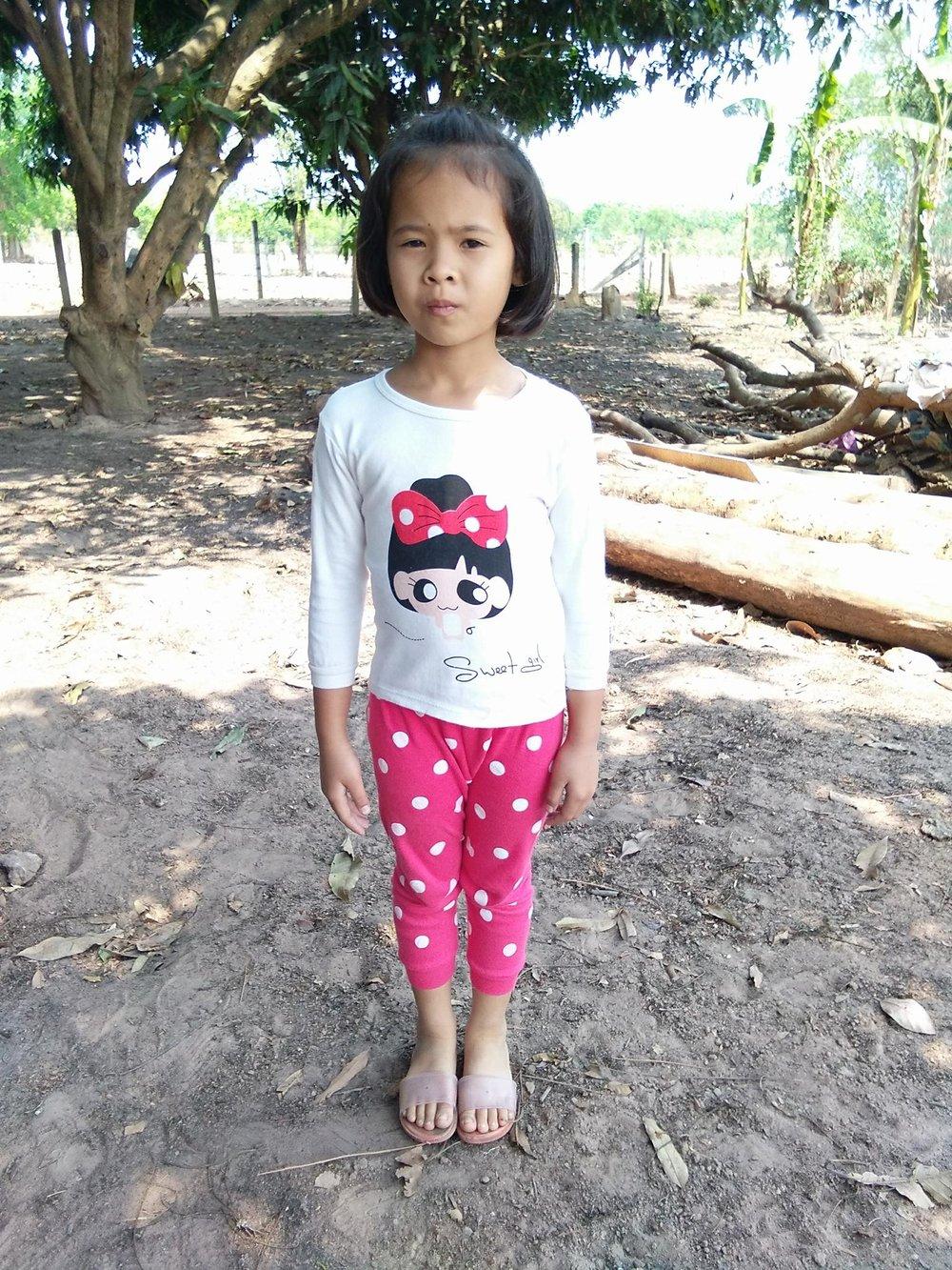 Krintakamon Naksakean (9 years old, girl)