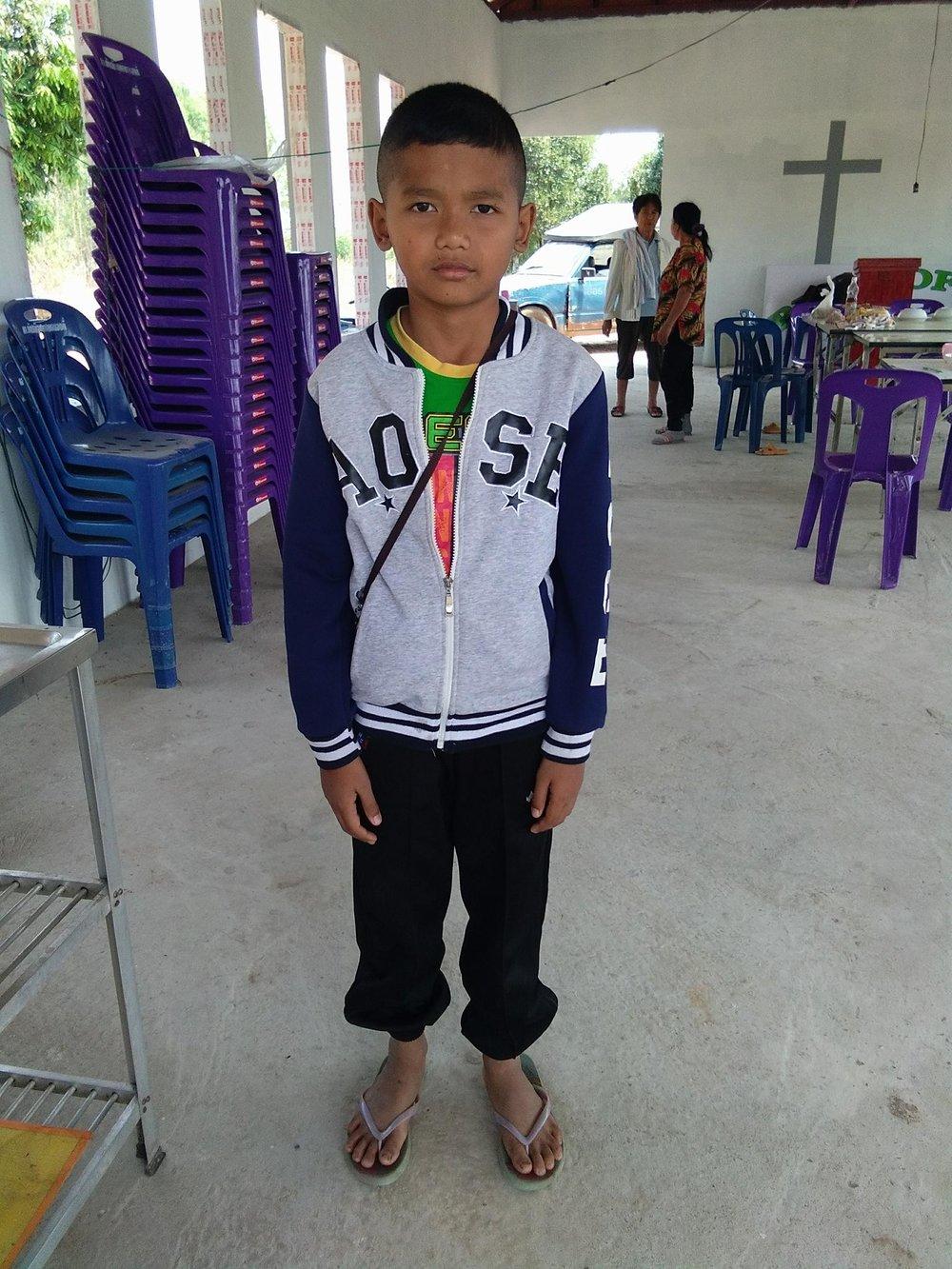 Ratchanon Sok Pimai (11 years old, boy)