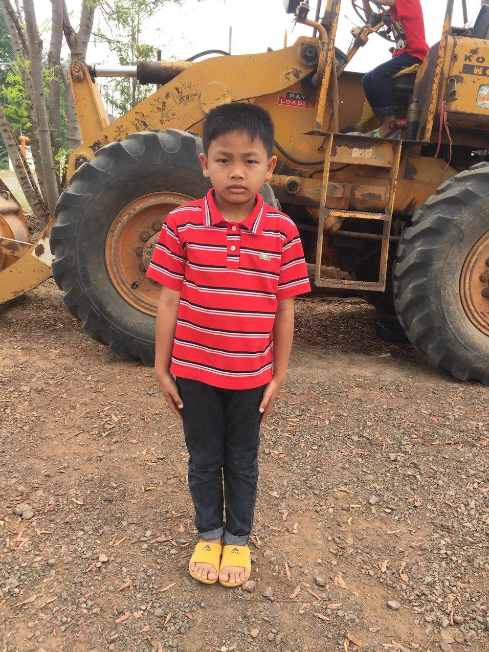 Nawin Sischompu (Kita) (7 years old, boy)