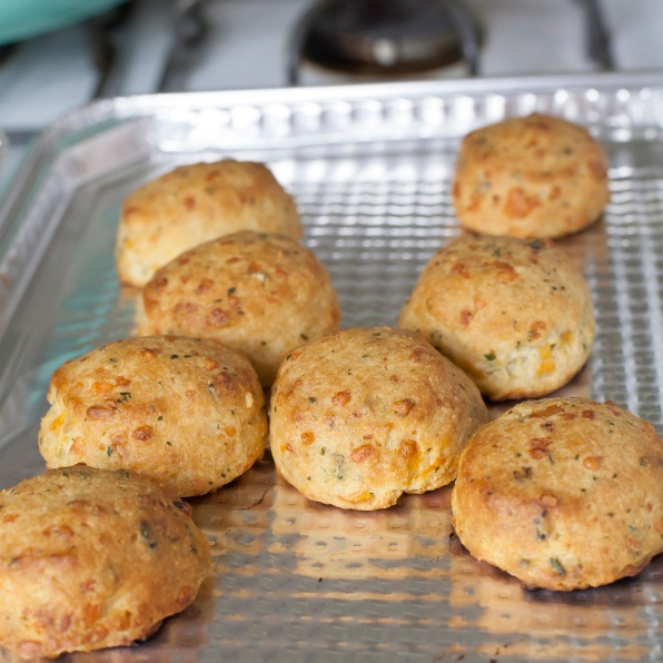 cheddar-bacon-biscuits.png