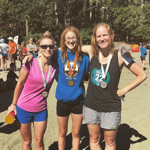 Some great racing out of our athletes here at The Thetis Lake Swim for MS. GOLD MEDALS: Jasmine Kremer (5km) and Heather McMillan (3km). SILVER MEDAL: Holly Celuszak (3km). BRONZE MEDALS: Drew Sabourin (5km) and Dixon McGowan (800m). Congratulations to all the competitors! #congratulations #openwater #openwaterswimming #vancouverisland #sundayfunday #racing #swimming #podium #gold #silver #bronze #yyj #thetislake #ms #funinthesun