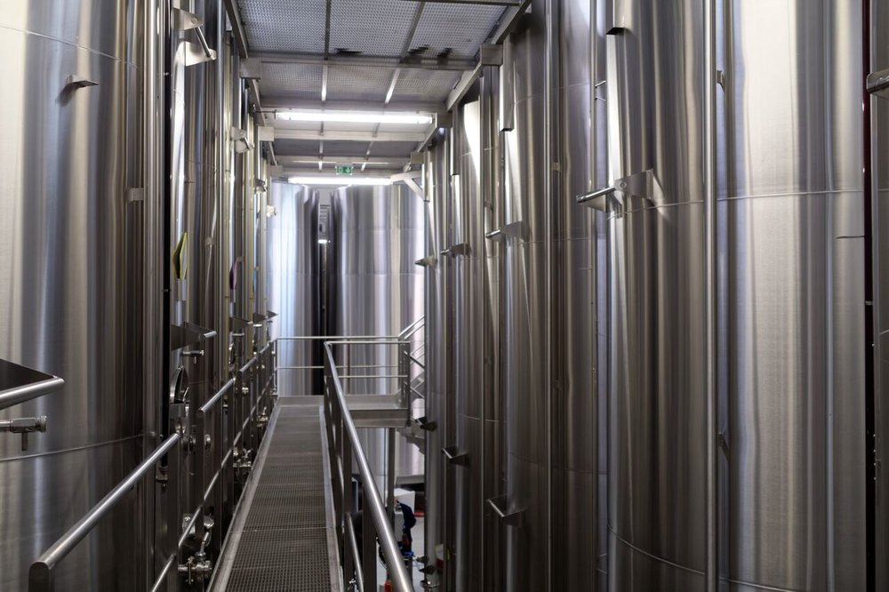 BADET C photo Winery Stainless Steel Tanks 2_preview.jpg