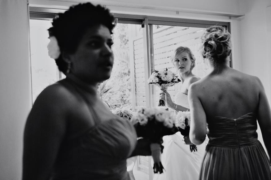 Brisbane Wedding Phoographer C-brisbane-bride-getting-ready04