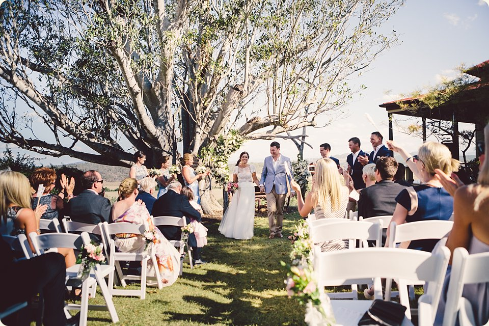 spicers-hiddenvale-wedding-025.jpg