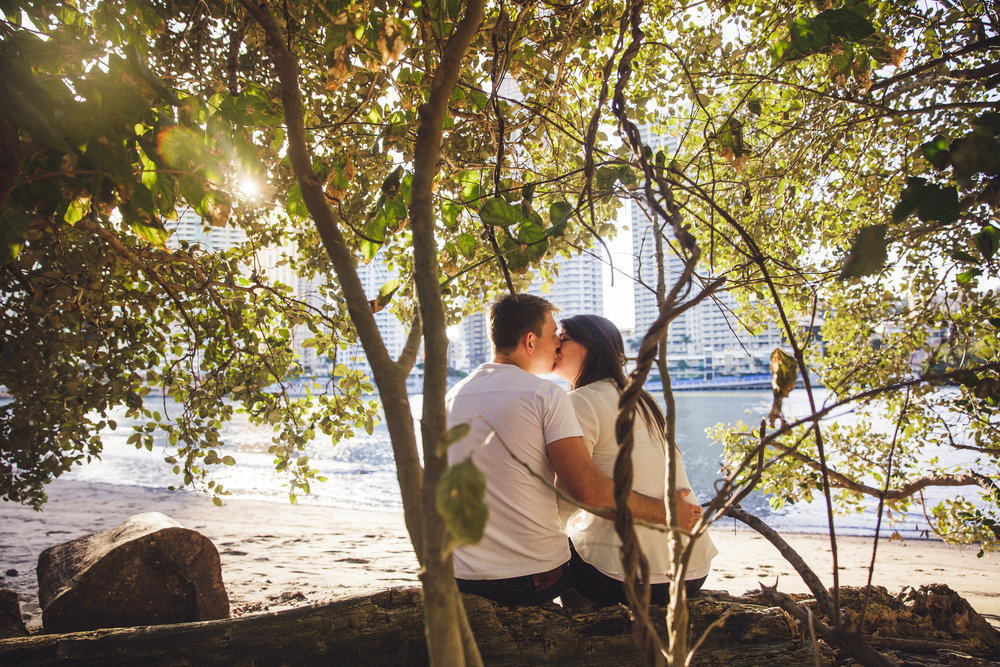 Engagement couple with Brisbane city view