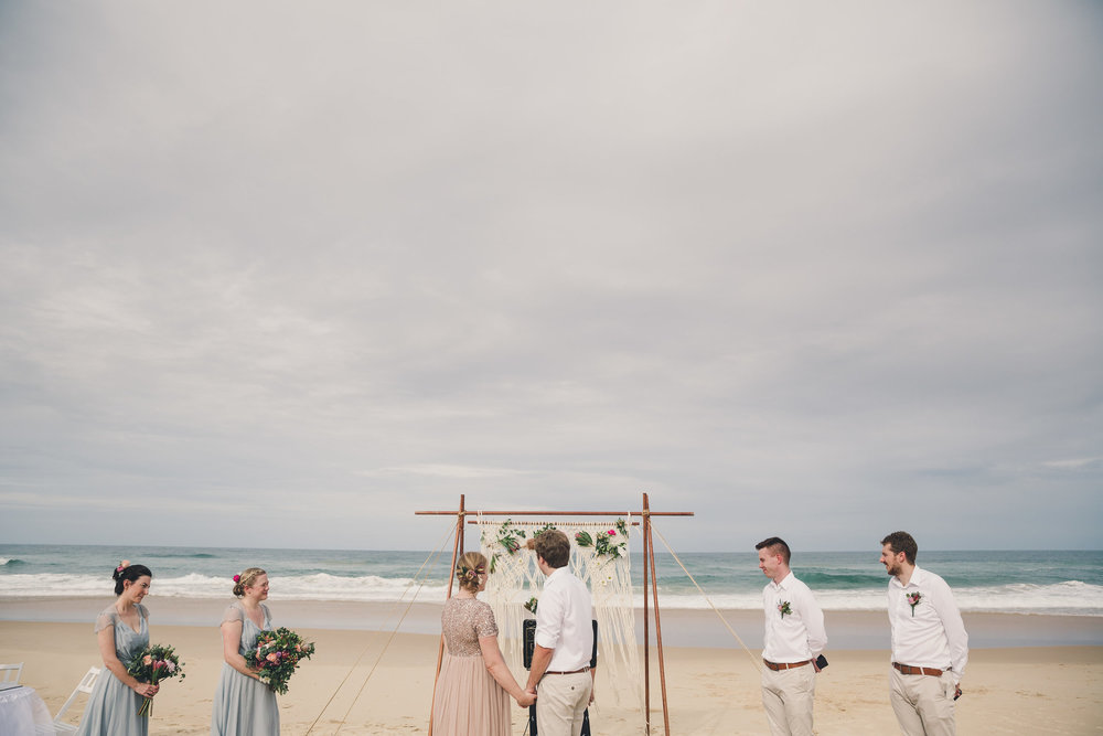 getting married on sunshine coast beach
