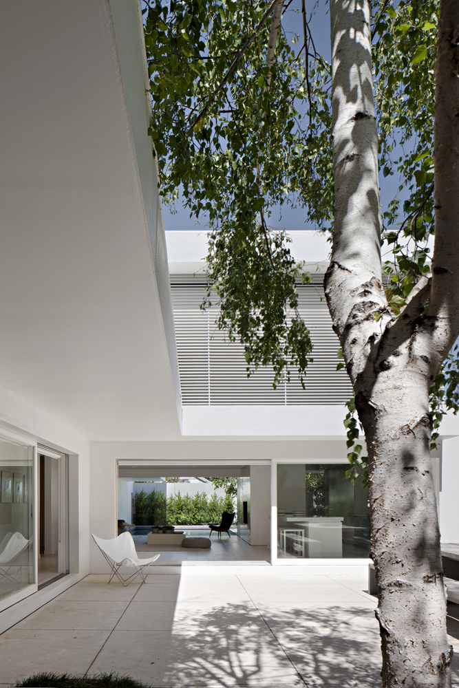 studiofour_davies street residence_02.jpg