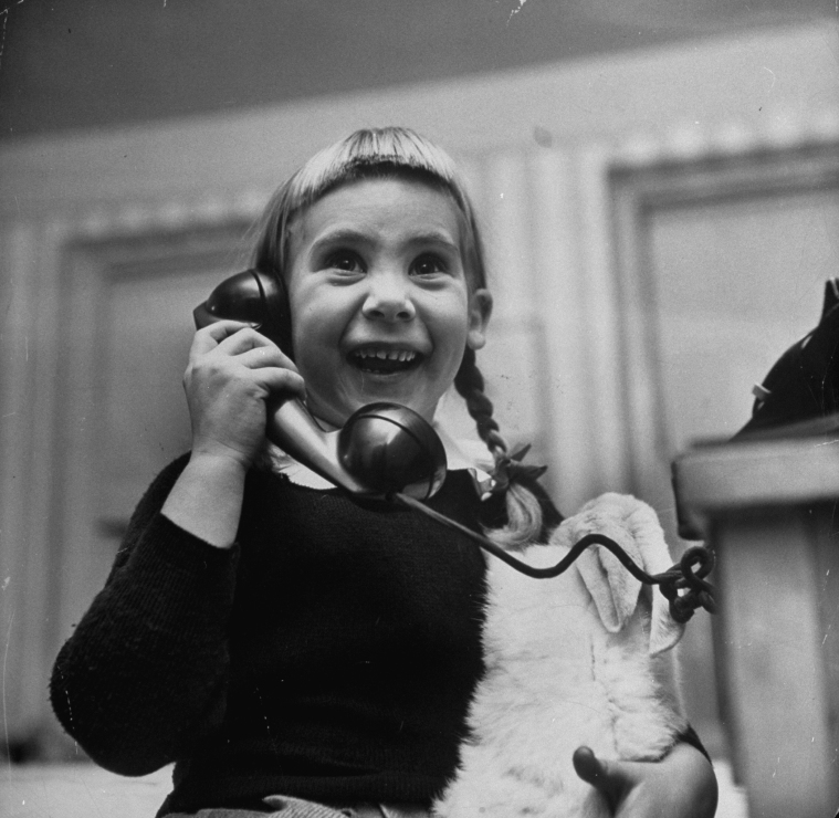Kids on the Phone With Santa, 1947 (8).jpg