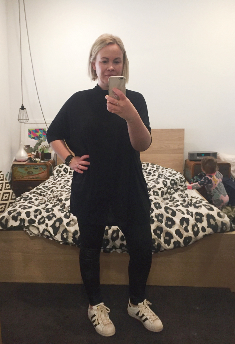 black leggings baggy top