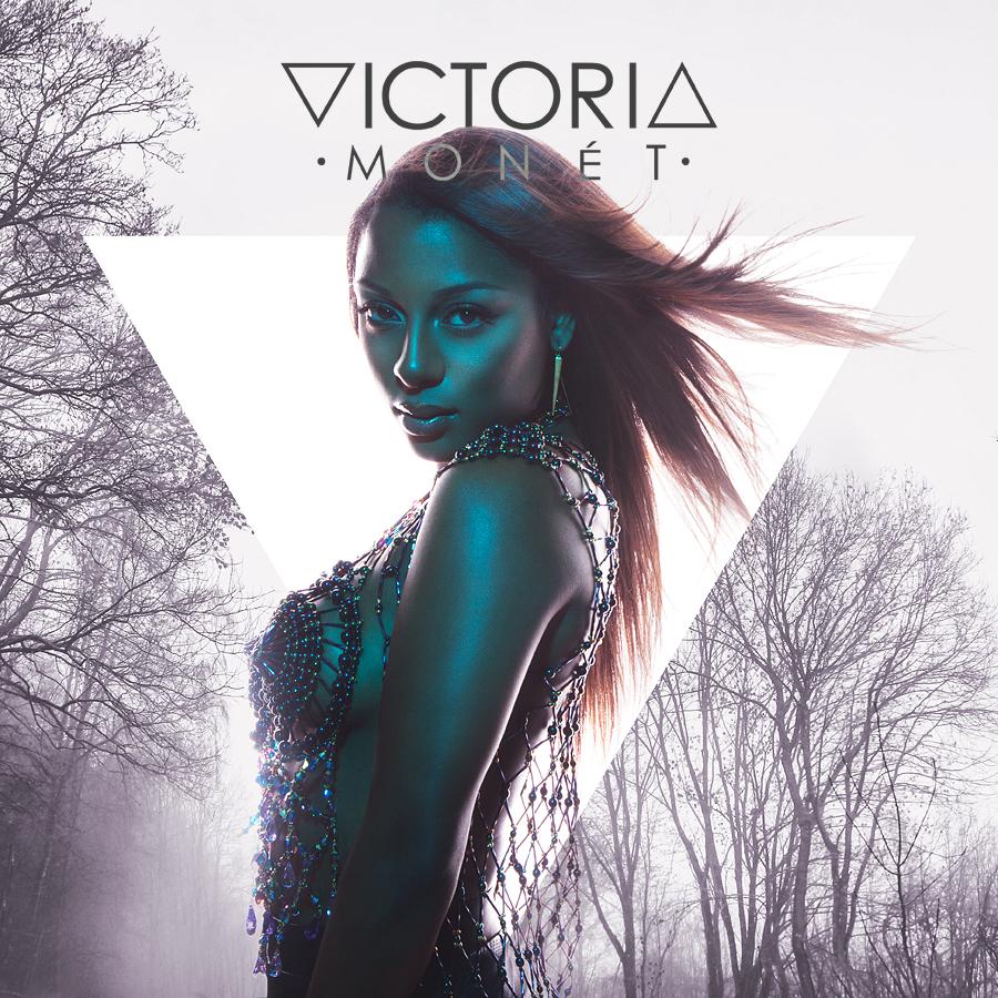 Victoria_Sil_1_sq2_strp_sml.jpg