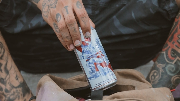 PABST BLUE RIBON - LIMITED EDITION ART CANS