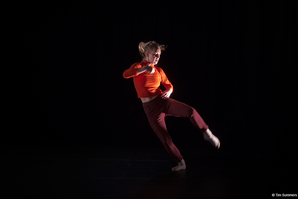 Kim Lusk - Residency: November 27-December 2, 2017Kim Lusk (BDC Alum!) is descended from a hearty line of cowboys, homesteaders, and mountaineers. A performer and choreographer based in Seattle, her choreography has been presented at On the Boards' Northwest New Works Festival, Velocity Dance Center, Bumbershoot, Vashon Center for the Arts, Trigger. New Dance Happenings., and Seattle International Dance Festival. Her work is supported by Velocity's Creative Residency program. Kim has performed with zoe|juniper, and serves as Rehearsal Director + Choreographic Assistant to the company setting zoe|juniper's work around the country. She currently performs with Peggy Piacenza and Britta Joy Peterson. She holds a degree in dance from Connecticut College.