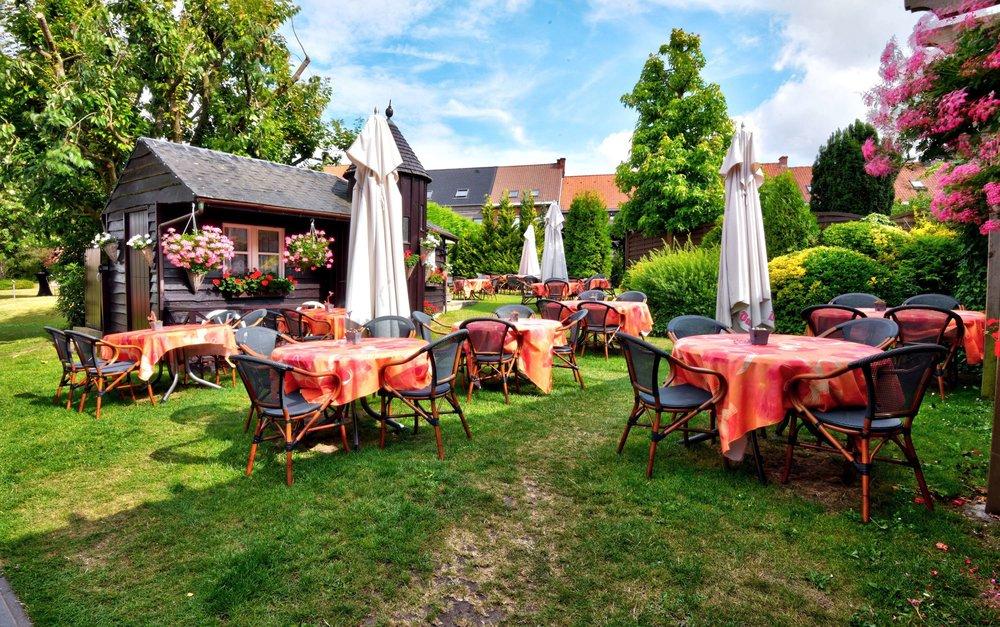 terras feestzaal au beau jardin rekkem restaurant feestzaal brasserie rekkem menen tablefever bart albrecht 15.jpg