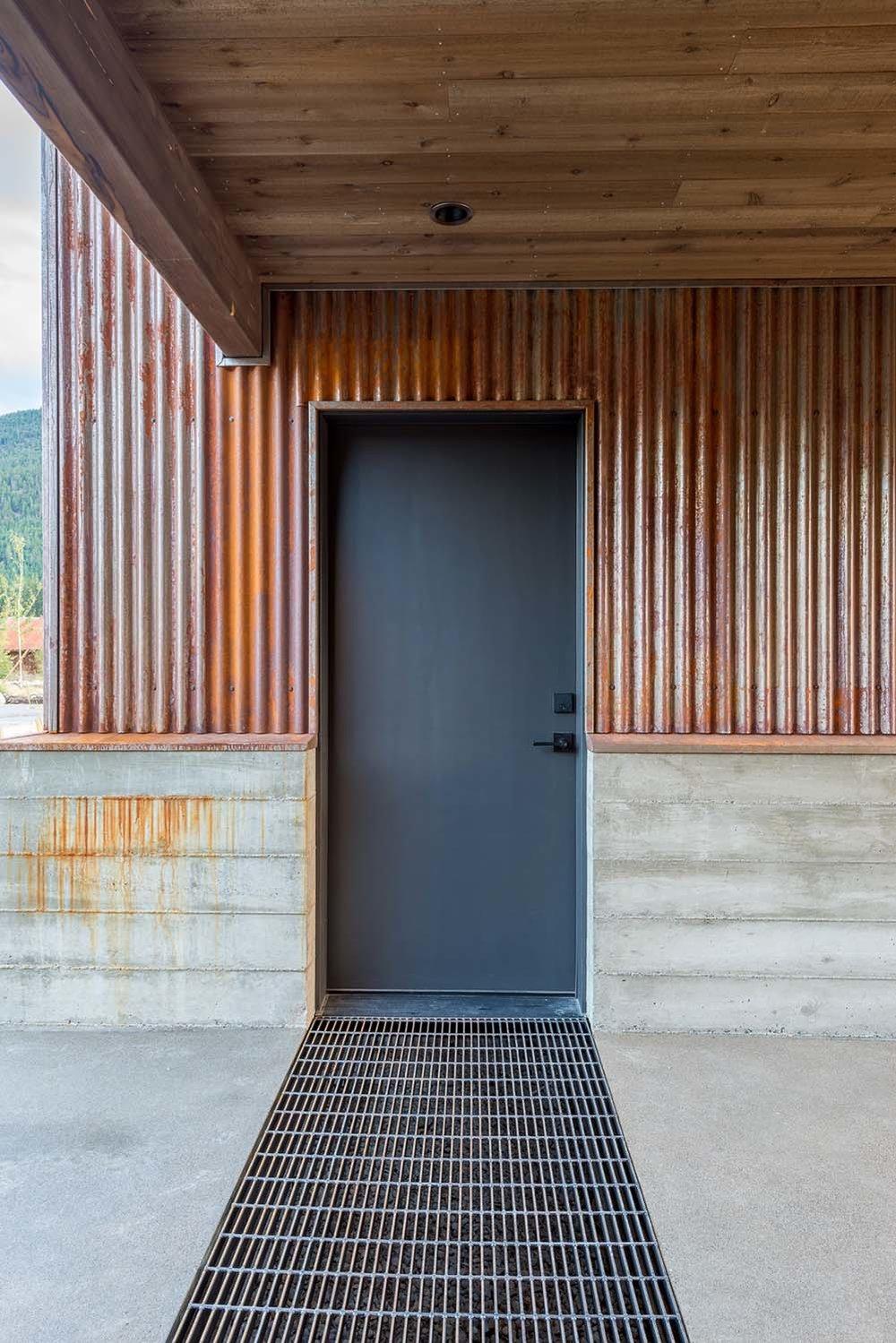 WEB8-+Mazama+House+-+Designs+Northwest+Architects+-+Swift+Studio+-+2048px (1).jpg