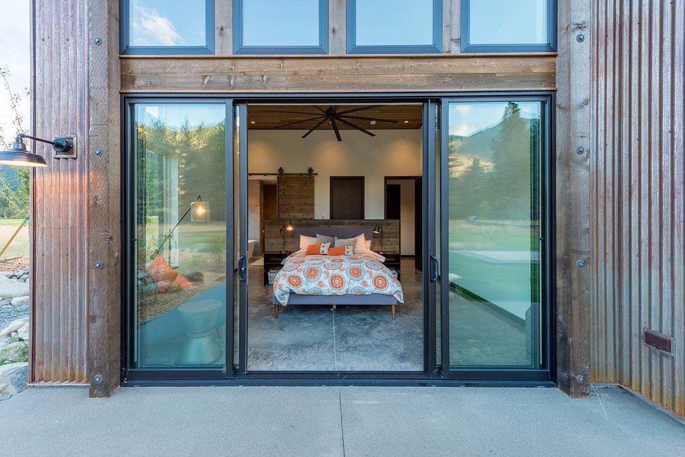 WEB19+-+Mazama+House+-+Designs+Northwest+Architects+-+Swift+Studio+-+2048px.jpg