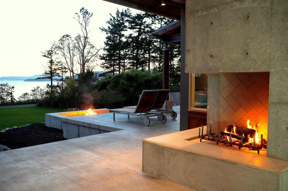 7exterior fire place dusk.jpg