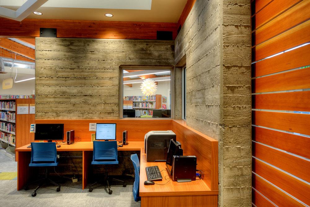 7-Camano Library - DNWA - Lucas Henning Photographic.jpg