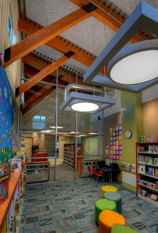 11-Camano Library - DNWA - Lucas Henning Photographic.jpg