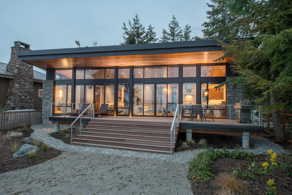02 - Camano Beach Drive House 5000px - Swift Studio.jpg
