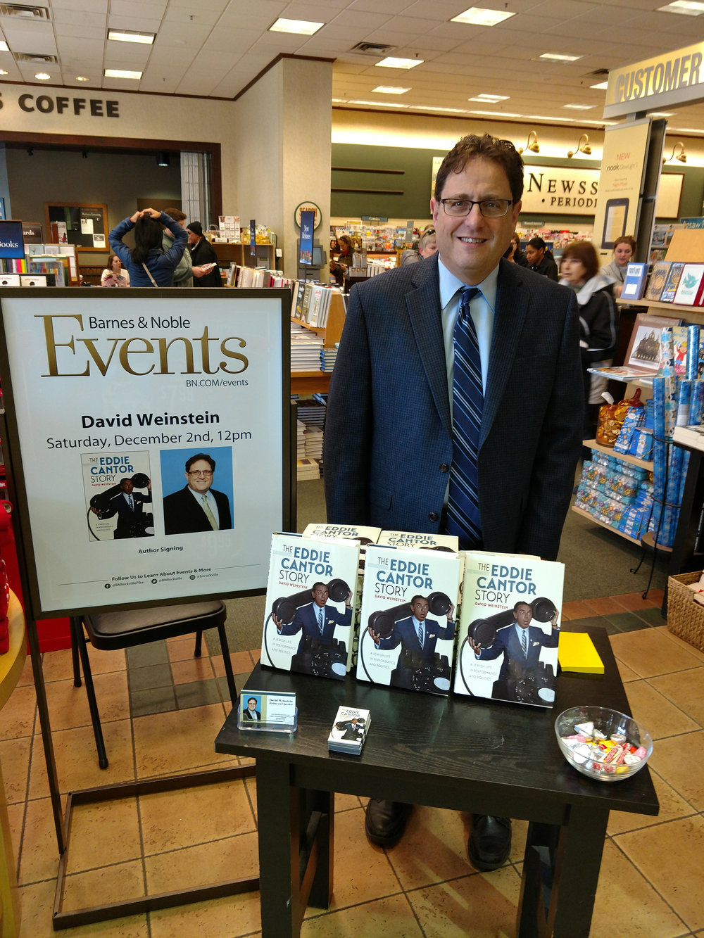 David at Barnes and Noble, Rockville