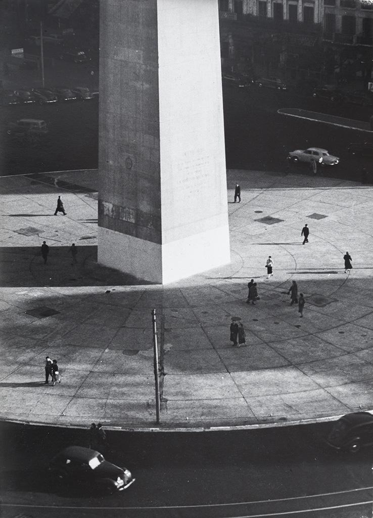 Obelisco / Obelisk , 1957, Sameer Makarius