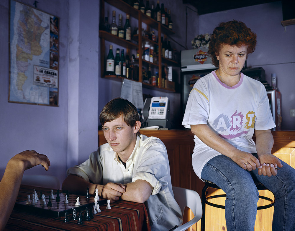 El jugador de ajedrez de la serie  Ecos del interior / The Chess Player from the series  Echoes from the Interior , 1999, Martín Weber