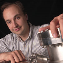 Vladimir Bulović  bulovic@mit.edu  Vladimir is the Faculty Director of the Tata-MIT GridEdge Solar program, Professor of Electrical Engineering at MIT, and director of MIT.nano. Vladimir leads the Organic and Nanostructured Electronics Laboratory (ONE Lab).